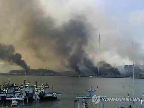 Triều Tiên nã đại bác vào Hàn Quốc, đốt cháy 60 nhà dân 20101123152847_b2