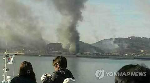 Triều Tiên nã đại bác vào Hàn Quốc, đốt cháy 60 nhà dân 20101123153255_b6