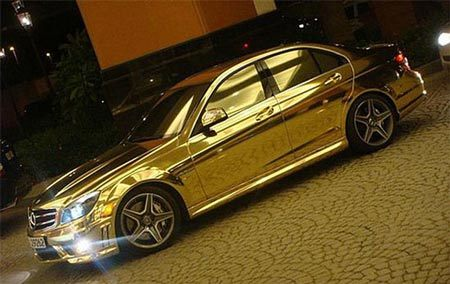 [Image: 20110129153955_Mercedes-C63-AMG3.jpg]