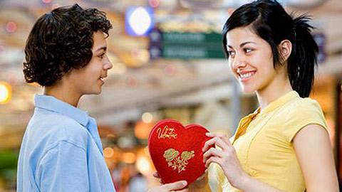 Dân chơi Hà thành đón Valentine xa xỉ ra sao ?