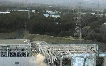 cận cảnh lò phản ứng hạt nhân 20110318100148_18nuclear3