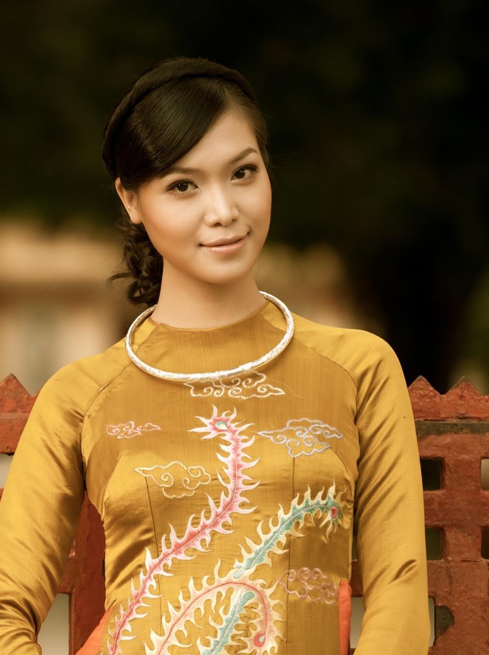 Ao Dai Viet Nam Mong