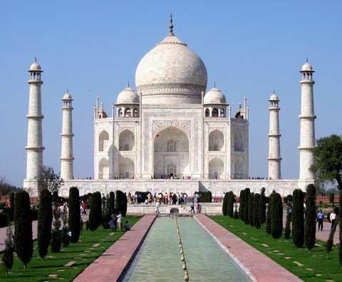 Ghé thăm 'ngôi đền tình yêu'