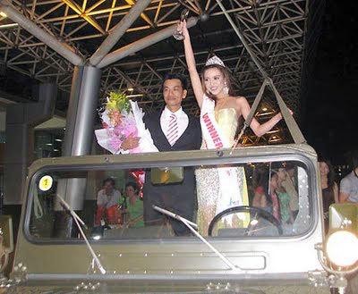 Rắc rối... chuyện tình các Hoa hậu Việt 20110513104310_hoa10