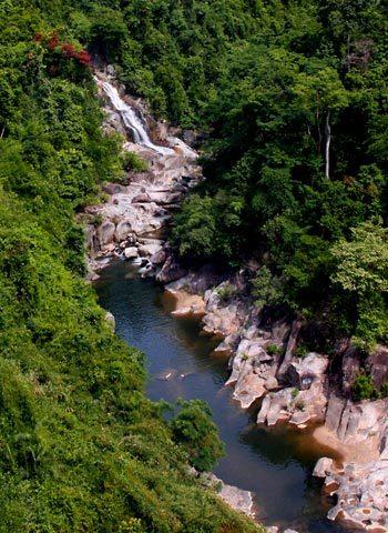 http://imgs.vietnamnet.vn/Images/2011/05/13/16/20110513163135_Ba-Na-5.jpg