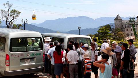 http://imgs.vietnamnet.vn/Images/2011/05/13/16/20110513163154_Ba-Na-10.jpg