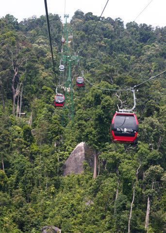 http://imgs.vietnamnet.vn/Images/2011/05/13/16/20110513163154_Ba-Na-9.jpg