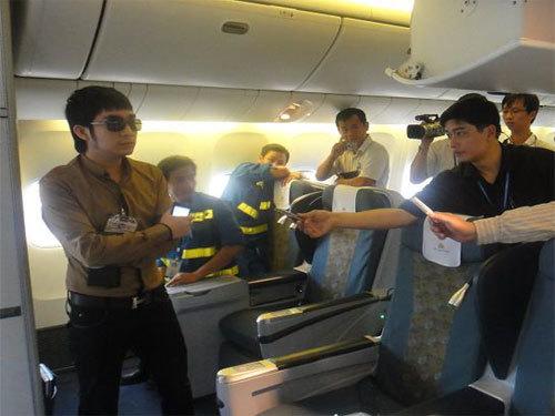 [News] Quản lý ca sĩ Quang Hà và nhóm HKT ẩu đả  20110516075140_1779371352Quang-Ha-1