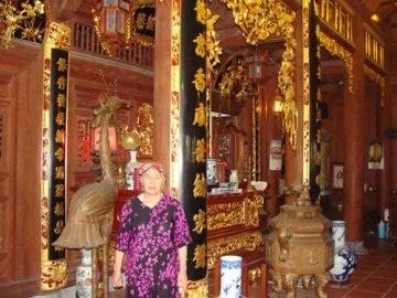http://imgs.vietnamnet.vn/Images/2011/05/18/10/20110518105458_vang2.jpg