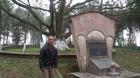 Bệnh binh 23 năm chăm cây đa Bác Hồ