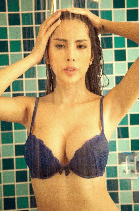 http://imgs.vietnamnet.vn/Images/2011/05/29/15/20110529152219_thuytien.jpg