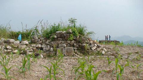Rợn người ở pháo đài bí ẩn Đồng Đăng ảnh 1