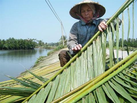 http://imgs.vietnamnet.vn/Images/2011/06/29/16/20110629163338_nambo4.jpg