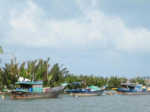 http://imgs.vietnamnet.vn/Images/2011/06/29/16/20110629163338_nambo5.jpg