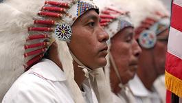 Thổ dân Mỹ kéo nhau đi xét nghiệm ADN