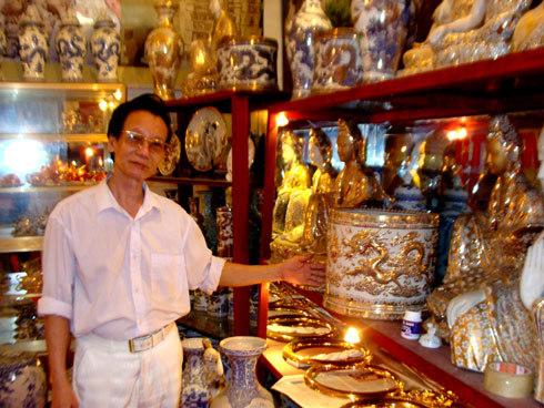 Ông giáo nghèo 10 năm kiếm 2 tấn vàng ròng