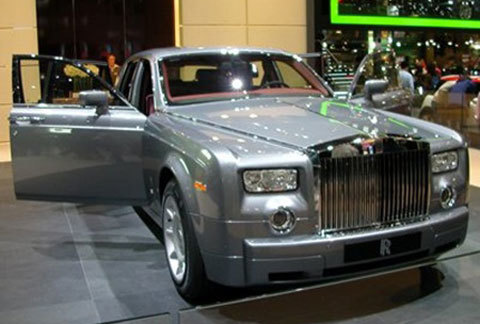Bolkiah có khoảng 5.000 chiếc ô tô trong bộ sưu tập của mình.