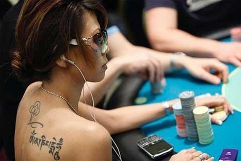 http://imgs.vietnamnet.vn/Images/2011/10/23/10/20111023102500_23poke3.jpg