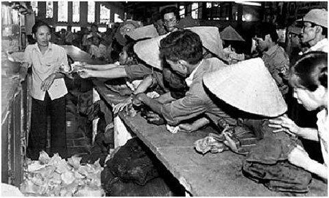 Xã hội - Những chuyện khóc cười chỉ có ở Việt Nam thời bao cấp (Hình 2).