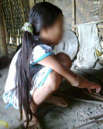 (22+)Kẻ nghịch tử hiếp dâm em gái ruột