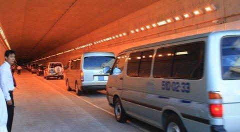 Thông xe hầm vượt sông dài nhất Đông Nam Á ảnh 2