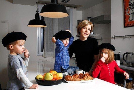 Dạy con kiểu Pháp: Tại sao trẻ ngoan hơn?