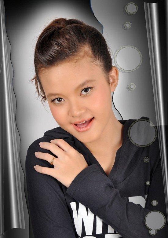 Ca sĩ 'nhí' 14 tuổi cover hit Mỹ Tâm