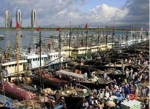 Hơn 30 tàu cá của Trung Quốc xâm phạm chủ quyền ở Trường Sa