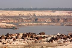 'Cách mạng' ở mỏ sắt lớn nhất Đông Nam Á?