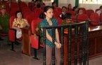 Nữ kế toán giả chữ ký sếp nhận 23 năm tù