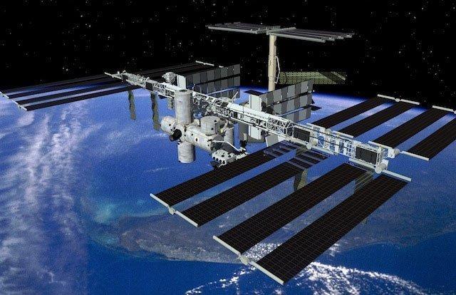 Việt Nam sắp có vệ tinh thương mại bán ảnh ra thế giới 20120928102229_iss