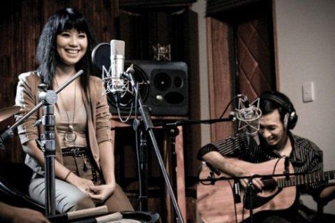 DVD Acoustic (2011) của nhạc sĩ Lê Thanh Tâm và ca sĩ Hải Yến