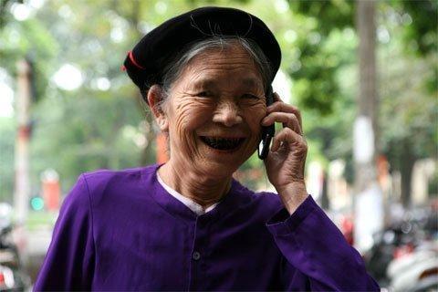 http://imgs.vietnamnet.vn/Images/2012/10/17/11/20121017111953_mobifone.jpg