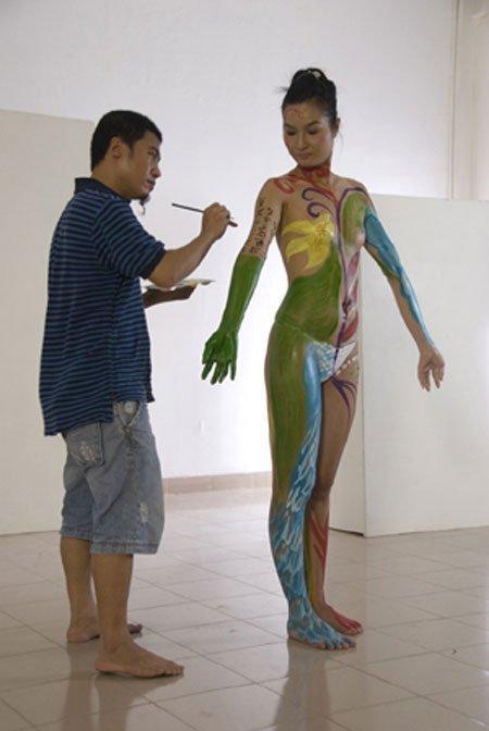 Tìm hiểu về body painting 20121116104216_3