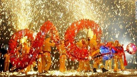 DN Trung Quốc hủy bỏ tiệc tất niên