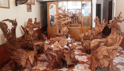 Bộ bàn ghế gỗ ngọc am ngàn tuổi giá khủng