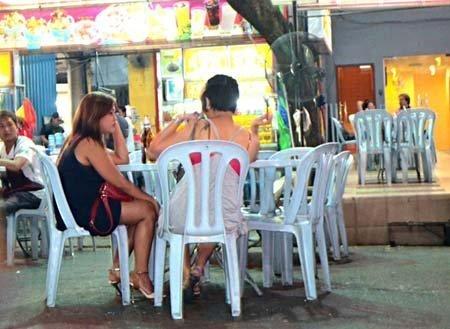 Xã hội - Thăm 'đại bản doanh' gái mại dâm Việt ở Malaysia