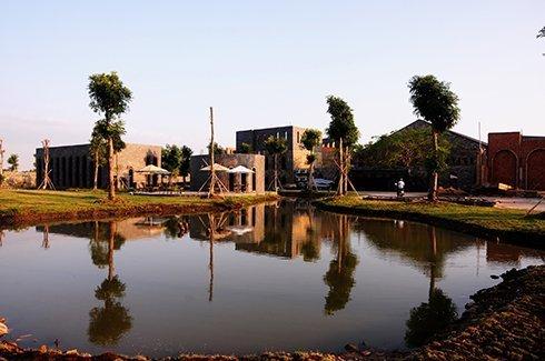 Bất động sản - Những đại gia Việt bỏ triệu đô xây lâu đài châu Âu (Hình 2).