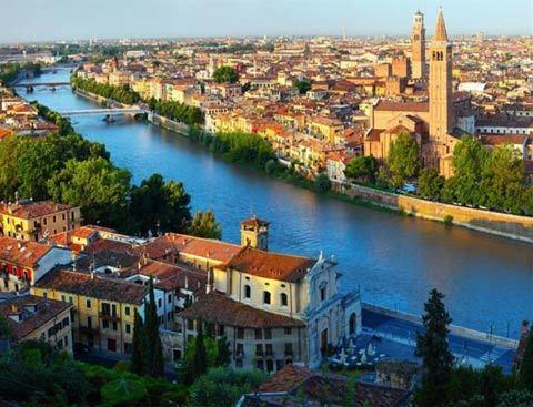 du lịch, cuốn theo chiều gió, Kiêu hãnh và định kiến, Romeo và Juliet
