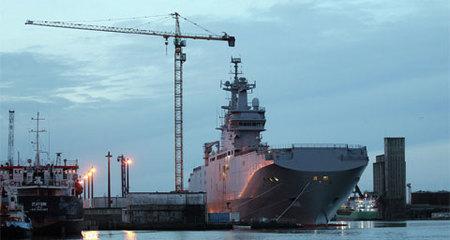 Pháp bí mật đền bù cho Nga 1,2 tỷ USD