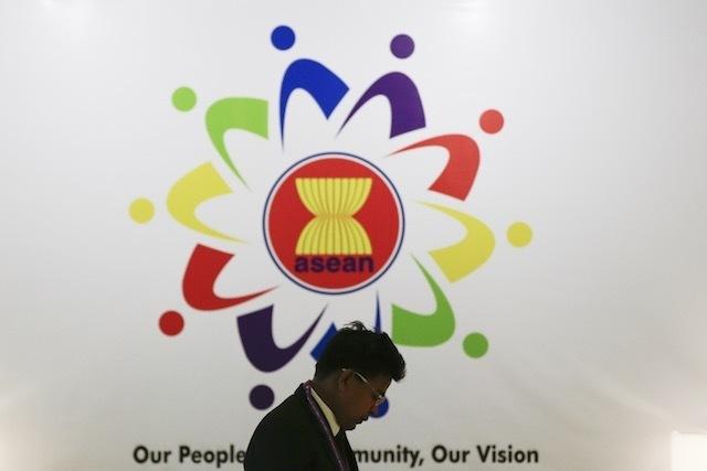VN, Philippines muốn ASEAN nói mạnh về Biển Đông