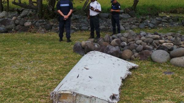Bất ngờ với những 'thuyết âm mưu' mới về MH370