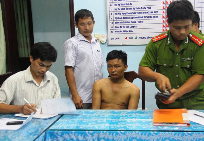 tên trộm, xe SH, có súng, suýt chết đuối, truy nã, công an, Thừa Thiên - Huế