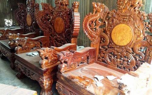 Bộ bàn ghế gỗ sưa trăm tỷ đắt nhất Việt Nam - ảnh 3