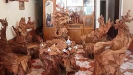 Chiêm ngưỡng bộ bàn ghế hàng ngàn năm tuổi