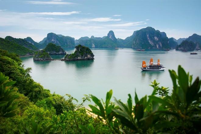 Quan Lạn, Hạ Long, Nha Trang