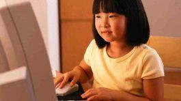 Những cách dạy con sử dụng Facebook của 1 gia đình Hà Nội