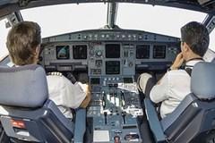 Chuyến bay hãi hùng vì cả đội bay say xỉn