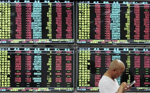 Trung Quốc gây biến loạn, cả thế giới lo phòng thủ