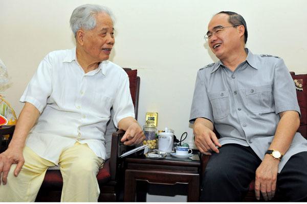nguyên Tổng bí thư, Đỗ Mười, bám dân, Chủ tịch MTTQ, Nguyễn Thiện Nhân, quốc khách, cách mạng tháng 8